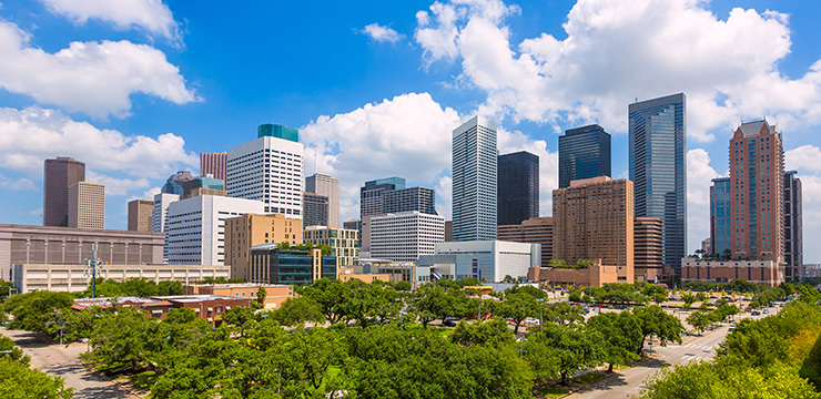 Houston_cityscape_740x360